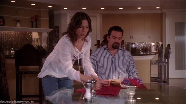 Отчаянные домохозяйки 4 сезон 16 серия смотреть онлайн бесплатно